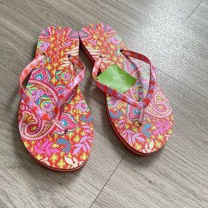Vera Bradely Paisley in Paradise flip-flops